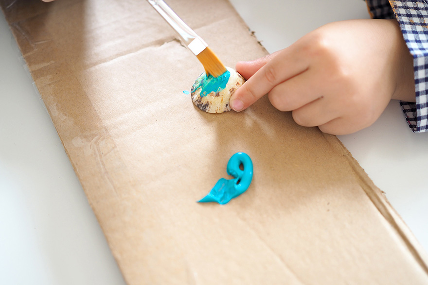 evian bébé - DIY - Le morpion pour jouer à la plage