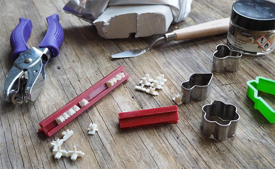 evian bébé - DIY - Des accessoires en pâte à sel pour papa ou maman